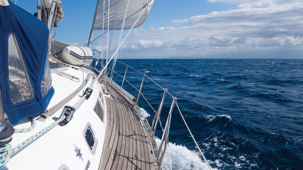 Segelschiff Steuerbordseite