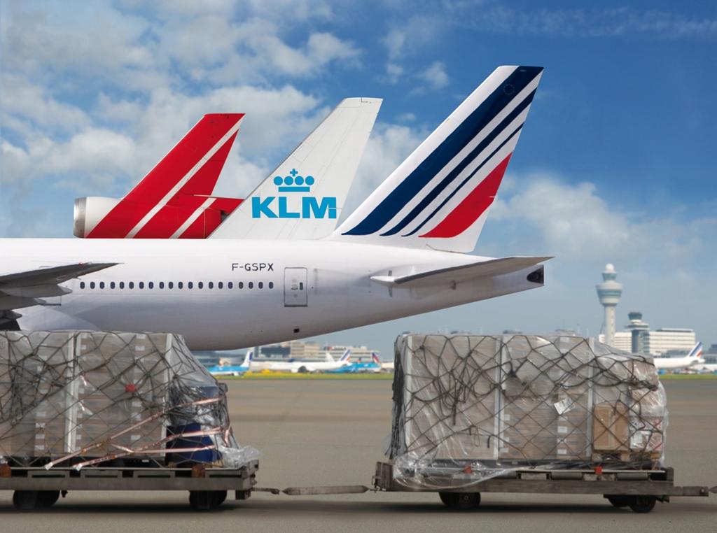 AF_KLM_M_three_tails_01