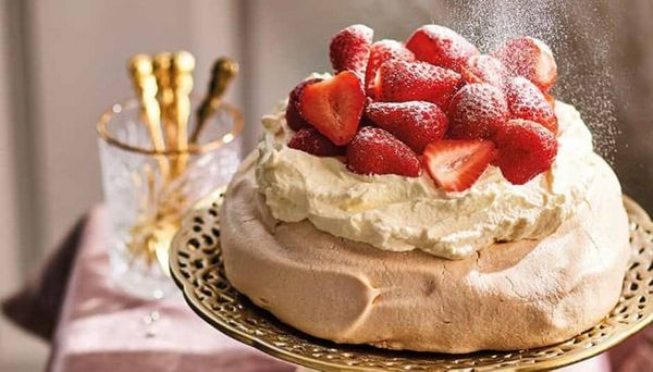 Crooked-foam-cake