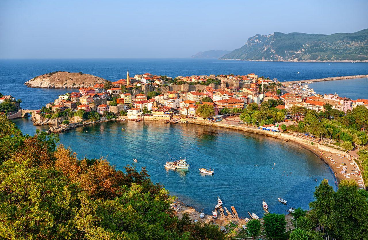 Cove-port-coast-Black-Sea-Turkey-Amasra-1280x836.jpg